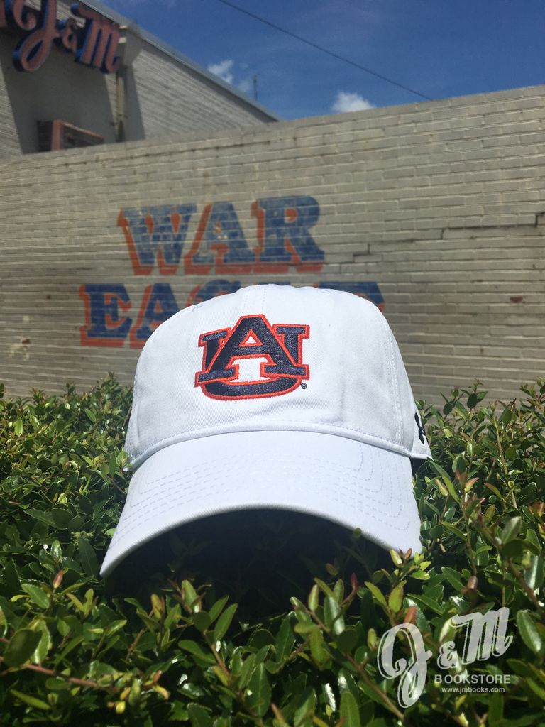 Under Armour UA Free White ADJ Hat - AU on front