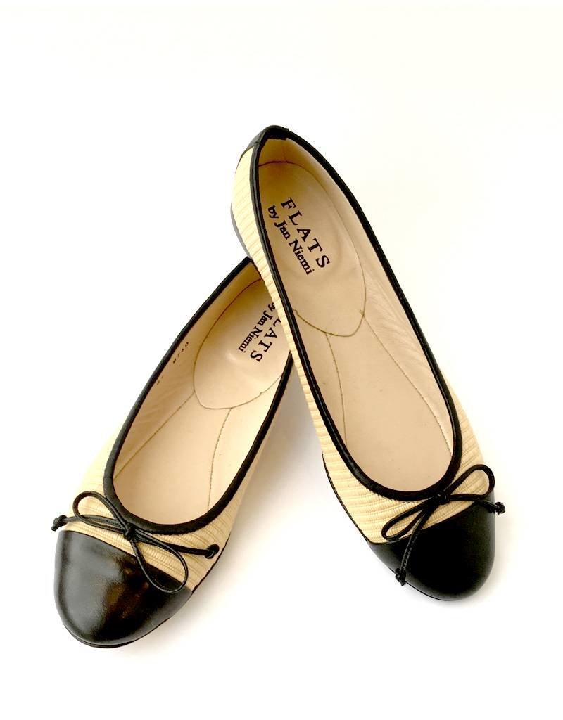 Flats Ballerina- Toe Cap Raffia