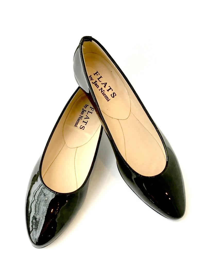 ALICE Ballerina- Patent Black Point Toe