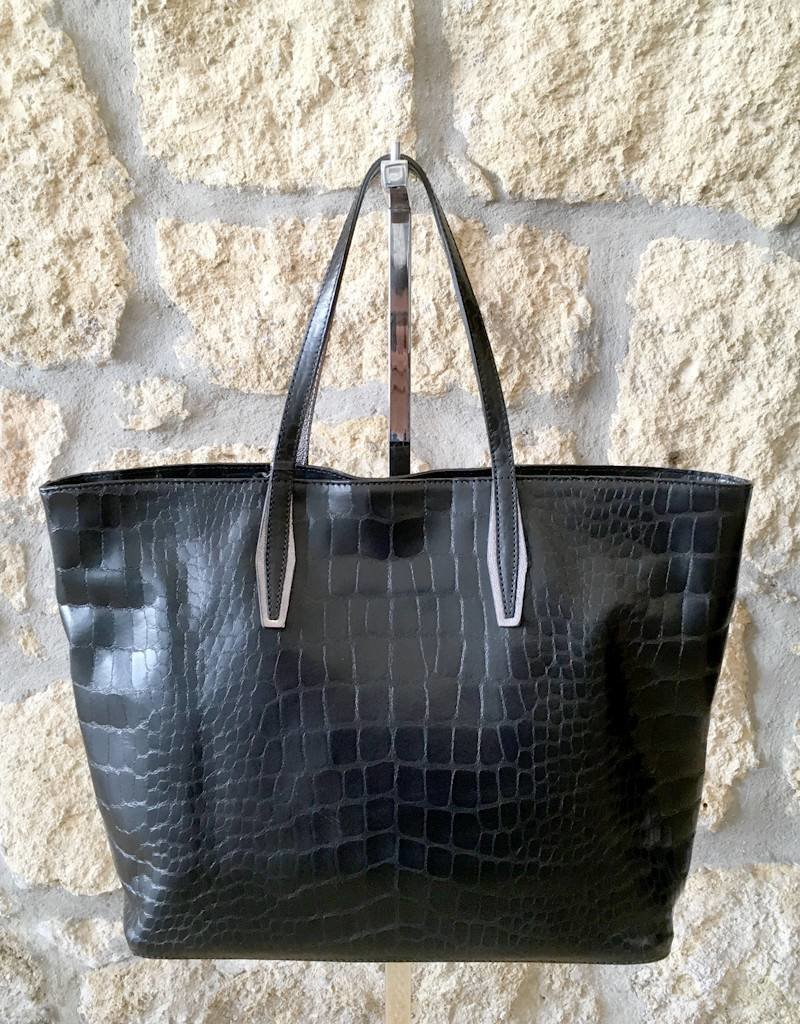 Gianni Chiarini GC-5535- Leather Tote Embossed
