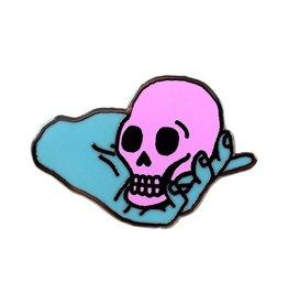 Valley Cruise Press Skull Holder Pin