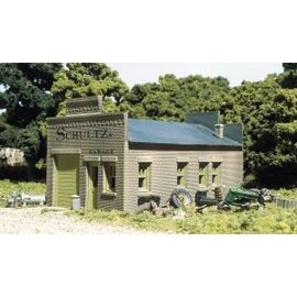 Woodland Scenics DPM Schultz's Garage  HO  20100