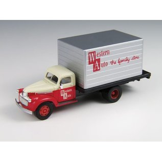 Classic Metal Works '41/'46 Chevy Box Truck Western Auto   HO
