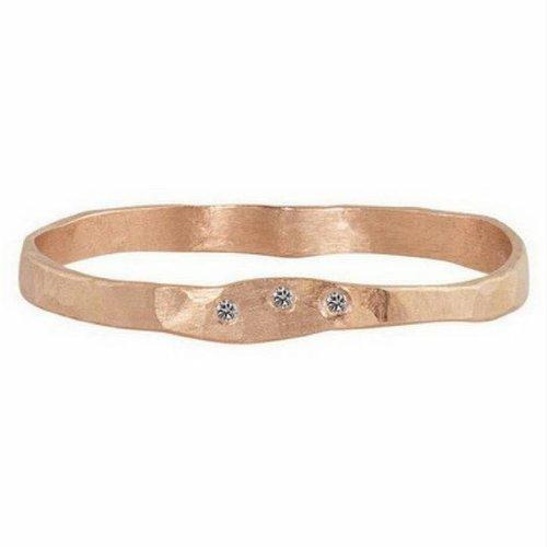 Julez Bryant PRIM THIN HAMMERED BAND WITH 3 DIAMOND CLUSTER AND SATIN FINISH