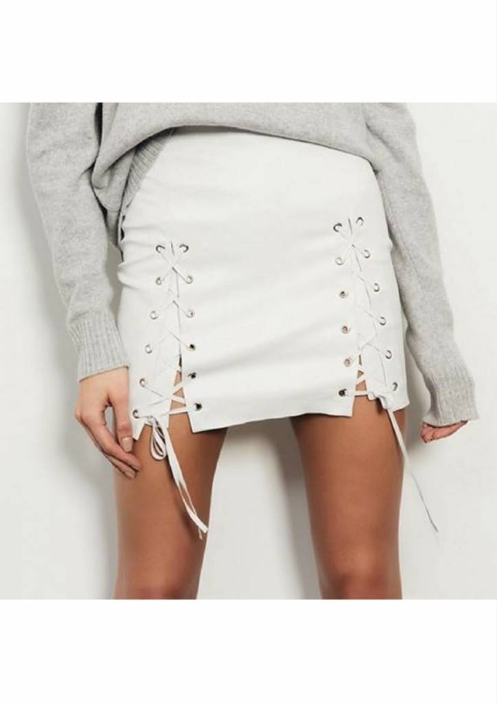 ThePerfext White Leather Lace Up Skirt