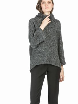 Leo&Sage Oversized Turtleneck in Carbon