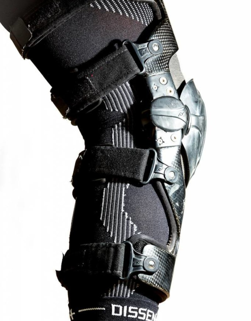 Dissent Boa-Dry Compression Knee Sleeves (pair)