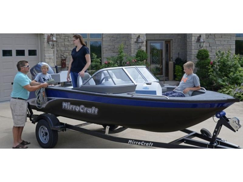 MirroCraft 16' Holiday Series - Blue 1628