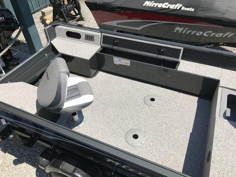 MirroCraft 16' Outfitter Series Tiller 165, 2017