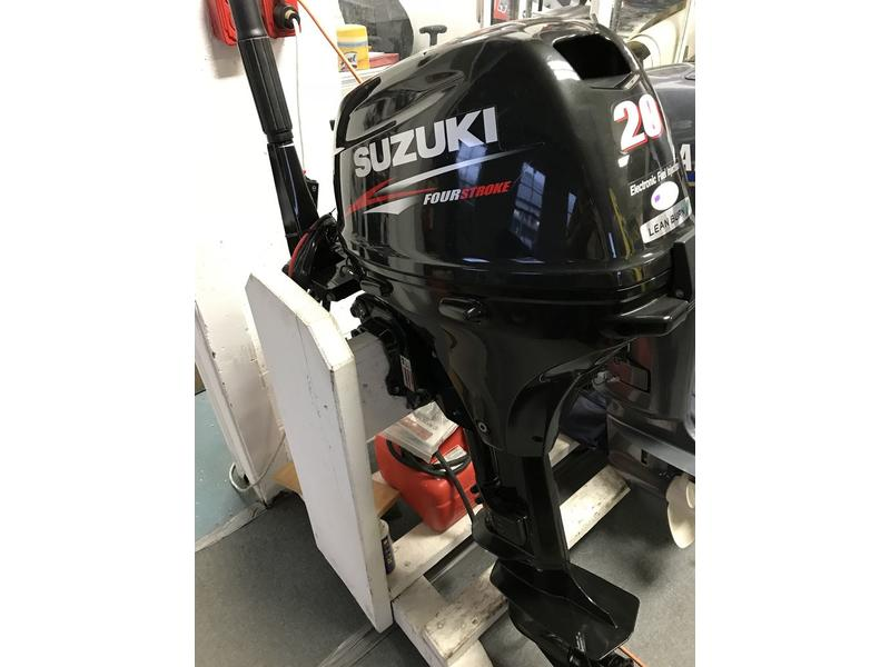 Used Outboard 20HP Suzuki - Bridge Yachts Ltd