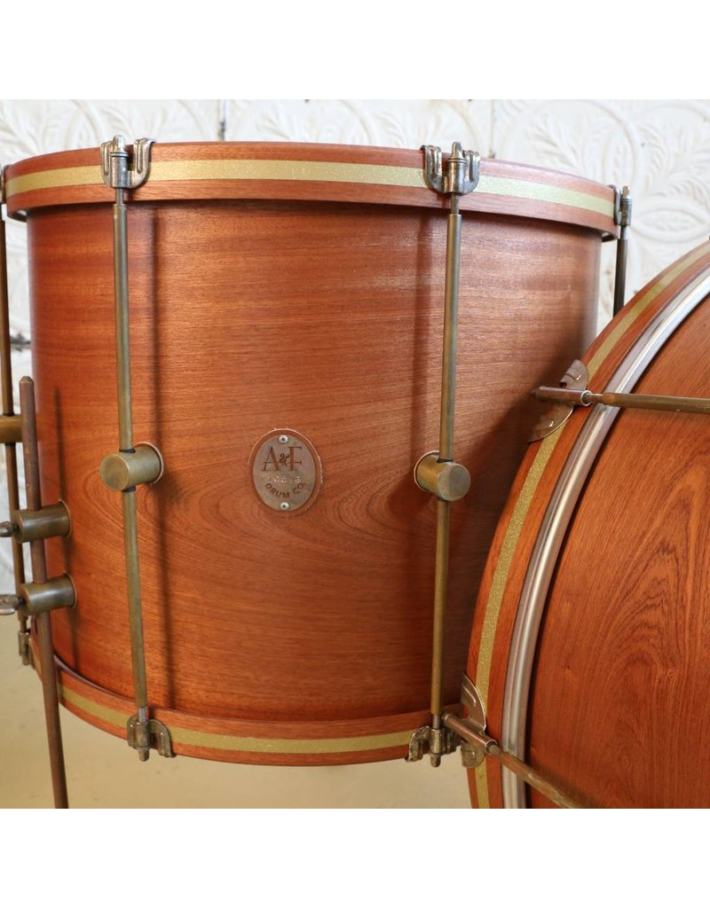 A&F Drum Co Batterie A&F Mahogany Club Kit 26-14-18po