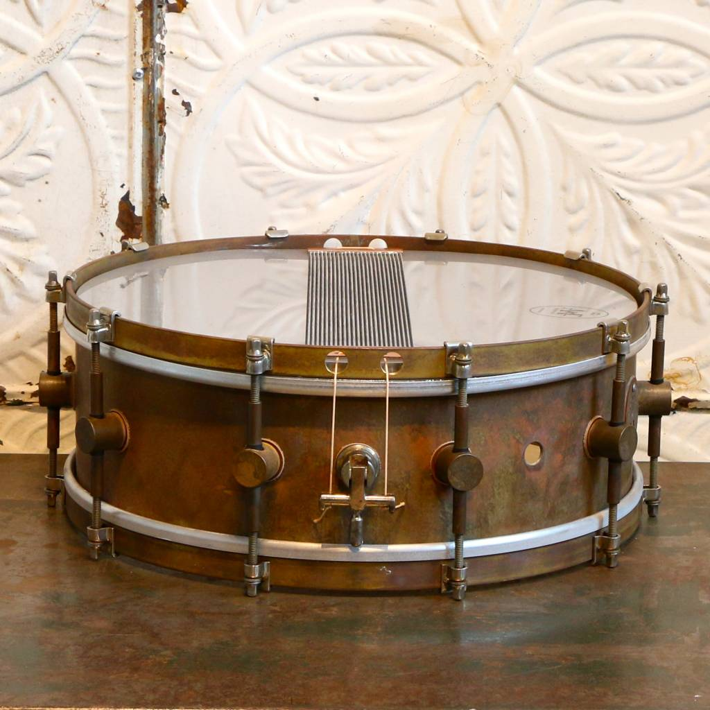A&F Drum Co Caisse claire A&F Raw Brass 14X5po