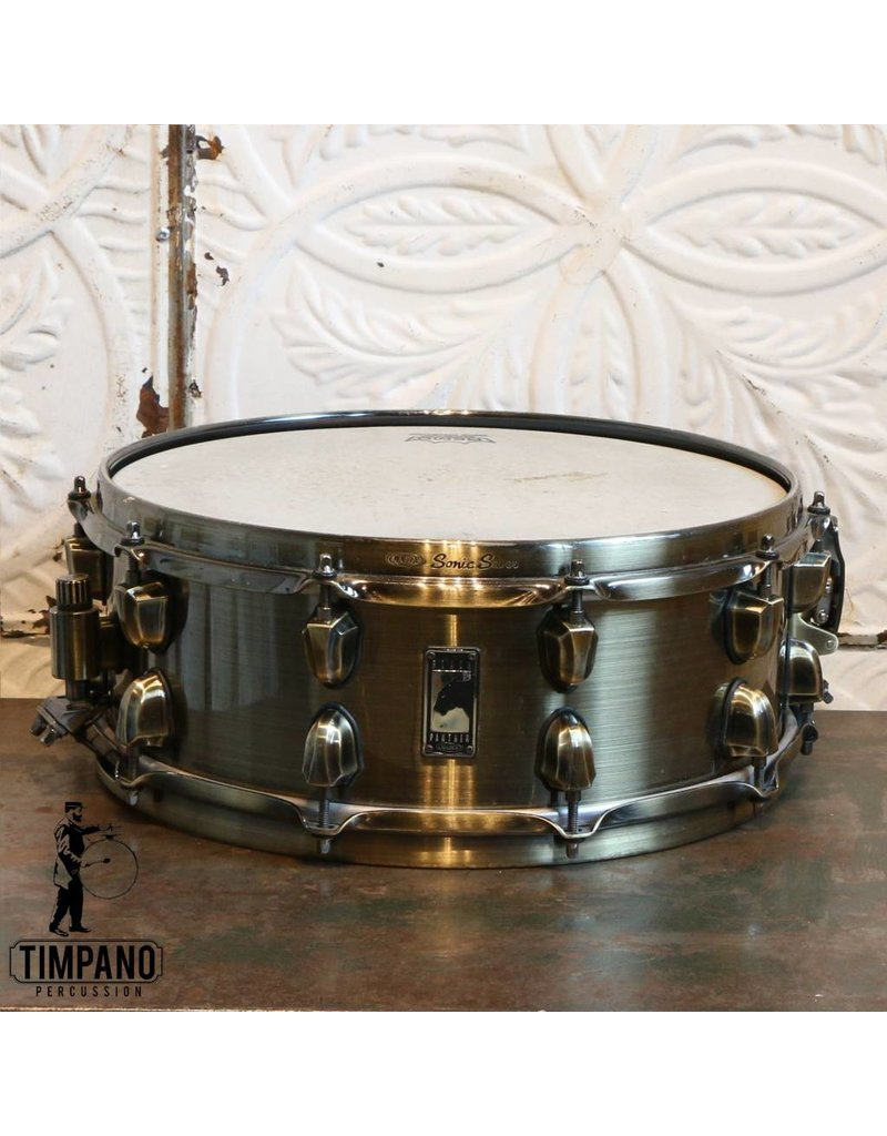 Caisse claire usagée Mapex Black Panther Brass Cat 14x5.5po