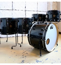 DW Batterie usagée DW Jazz Series Black Ice 22-12-14-16po (sans caisse-claire)