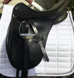 Bentley Dressage Saddle - Consignment