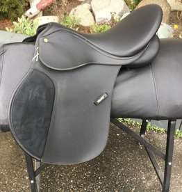 Wintec All-Purpose Black Saddle - Consignment
