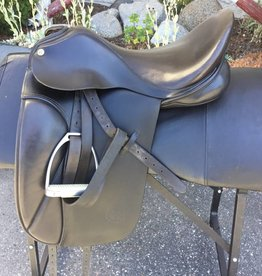 Cliff Barnsby Dressage Saddle- Consignment