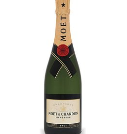 Moet & Chandon Champagne 750ml
