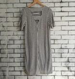 Coin 1804 Stripe V-back Dress