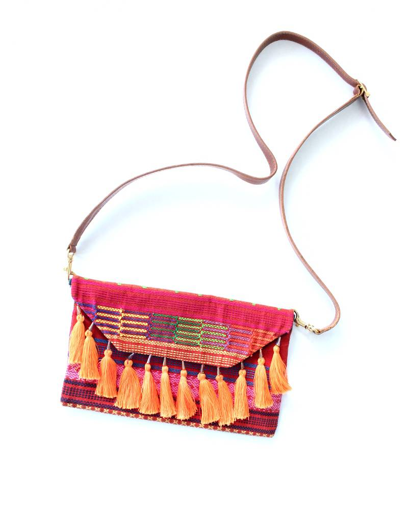 Amor Eterno Nanashi Embroidered Leather Clutch