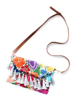 Amor Eterno Flor Chapaneca Embroidered Leather Clutch Medium