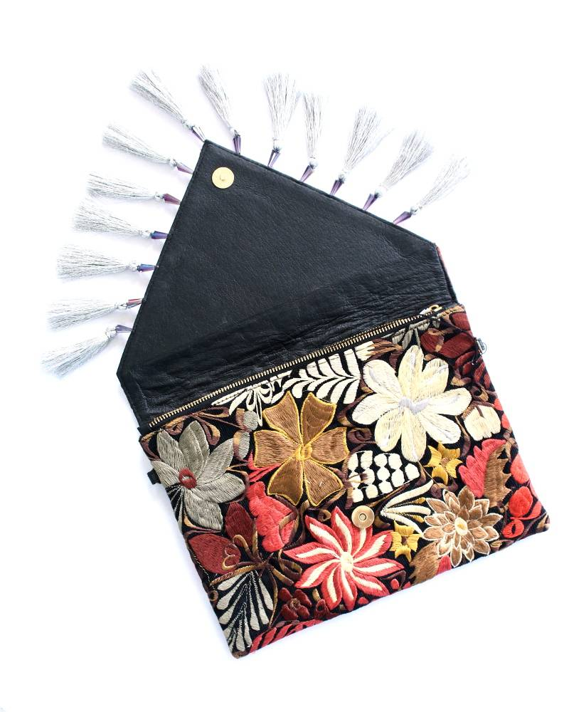 Amor Eterno Flor Chapaneca Embroidered Leather Clutch Large