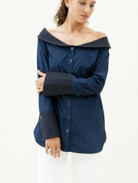 Monographie Classic Off Shoulder Shirt
