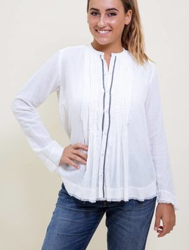 Pas de Calais Classic  Pleated Blouse