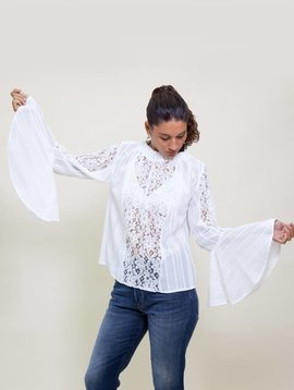 Armando Takeda Las Luces Lace Top