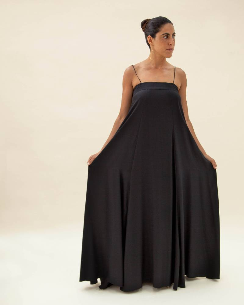 Kamperett Metronome Column Gown