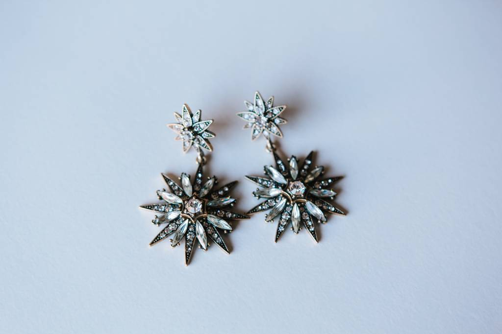 Oh My Stars Earring in Winter Crystal