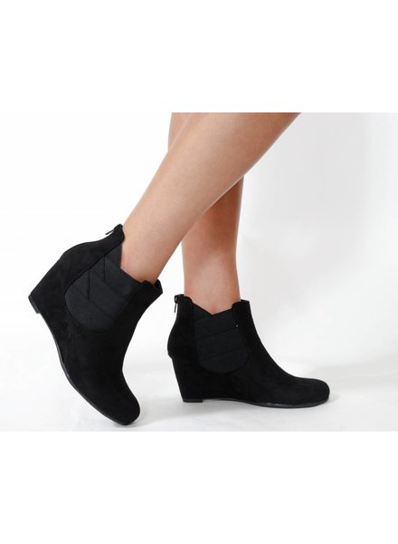 G.C. Shoes Samira Wedge Bootie