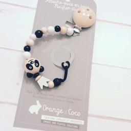 Orange et Coco Attache-Suce en Bois de Orange et Coco/Wood Pacifier Clip by Orange and Coco, Panda Royal/Royal Panda