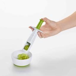 OXO Accessoire pour Couper les Raisins de OXO/OXO Grape Cutter