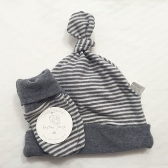 Bouton Jaune Bouton Jaune - Ensemble Chapeau et Mitaines en Coton Organique/Organic Cotton Hat and Mitt, Gris et Blanc/Grey and White, 0-3 Mois/Months