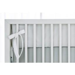 Bouton Jaune Demi-Bordure de Lit, Céleste de  Bouton Jaune/Bouton Jaune Céleste Bed Half Bumper, Rayé Gris/Grey Stripes