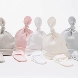 Bouton Jaune Bouton Jaune - Ensemble Chapeau et Mitaines en Coton Organique/Organic Cotton Hat and Mitt, Rose/Pink