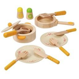 Hape *Premier Ensemble de Cuisine pour Petits Gourmets de Hape/Hape Gourmet Kitchen Starter Set