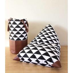Cyan Degre Pouf à Billes de Cyan Degre/Cyan Degre Bean Bag, Triangles Noir et Blanc/B&W Triangles