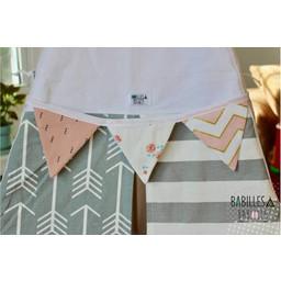 Babilles & Babioles Babilles & Babioles - Banderole de Fanions Pour Tipi / Pennant Banner for Tipi, Chevron Doré Rose/ Pink Gold Chevron