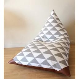 Cyan Degre Pouf à Billes de Cyan Degre/Cyan Degre Bean Bag, Triangles Gris/Gray Triangles