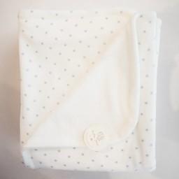"Bouton Jaune Bouton Jaune - Couverture en Coton Organique 42po x 42po/42"" x 42"" Organic Cotton Blanket, Blanc Étoiles Bleu/White Blue Stars"