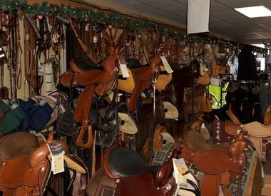 Closeout Western Tack