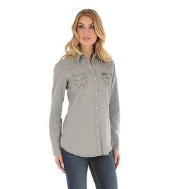 Wrangler Women's Long Sleeve Western Snap Front Demin Shirt