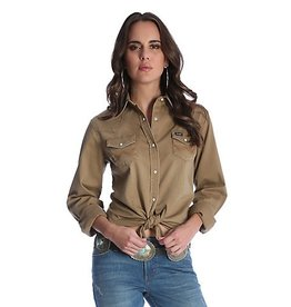 Wrangler Women's Long Sleeve Western Snap Front with Front and Back Yokes
