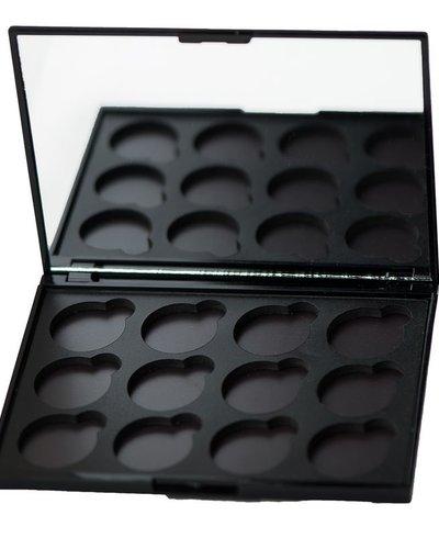 12-well Eyeshadow Compact