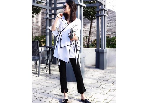 12 WHITE JACKET WITH BLACK LINE
