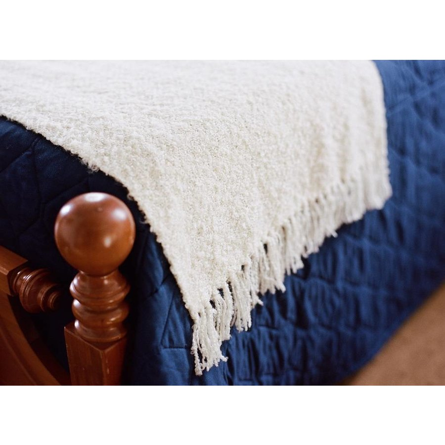 Boone Tavern Bed Scarf