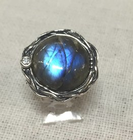 Labradorite Ring with Braided Band