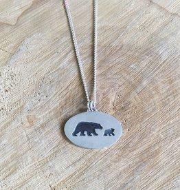 "Olive Cedar Mama Polar Bear + Cub 18"""